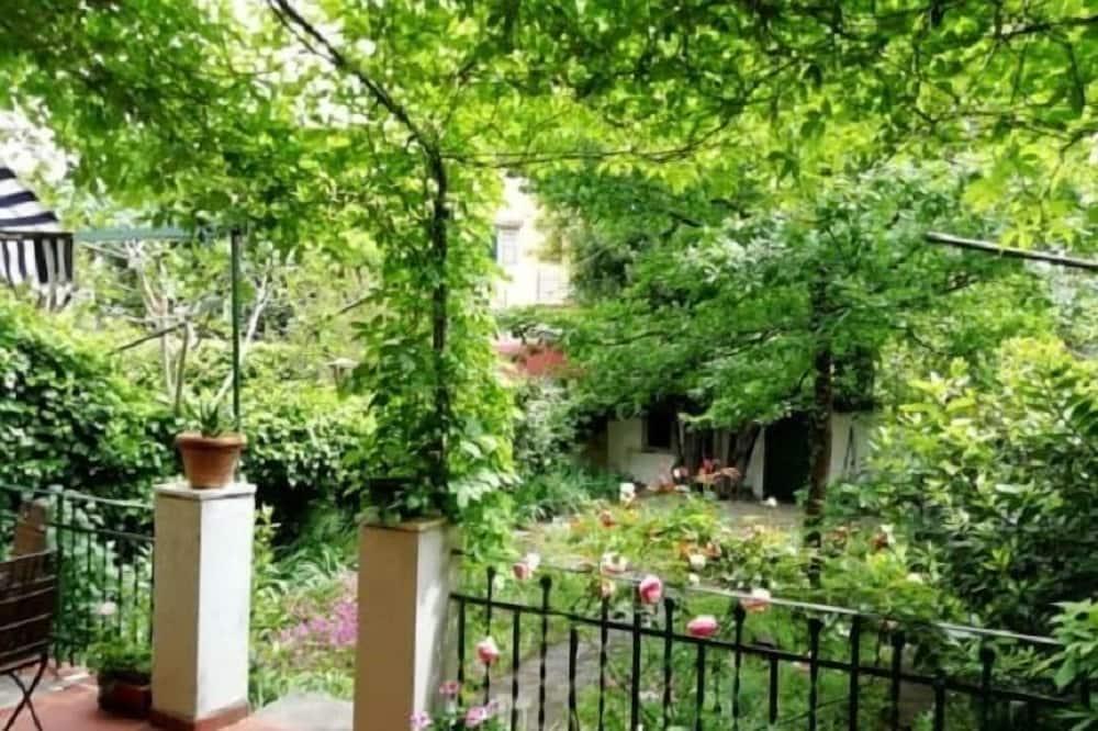 Deluxe-Apartment, 3Schlafzimmer - Blick auf den Garten