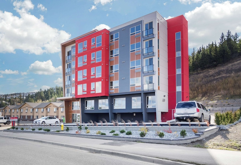 The Hue Hotel, Ascend Hotel Collection, Kamloops
