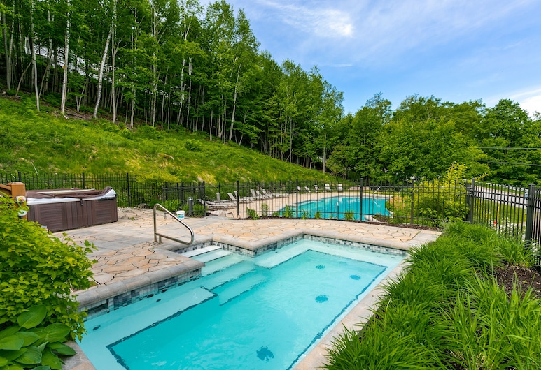 Le Panoramik by KASANIA, Mont-Tremblant, Outdoor Pool