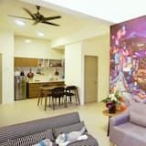 Pinky Home - Living Area