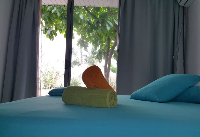 Paofai Guesthouse, Papeete, Double Room, Private Bathroom, Garden View (Fakarava Room), Guest Room