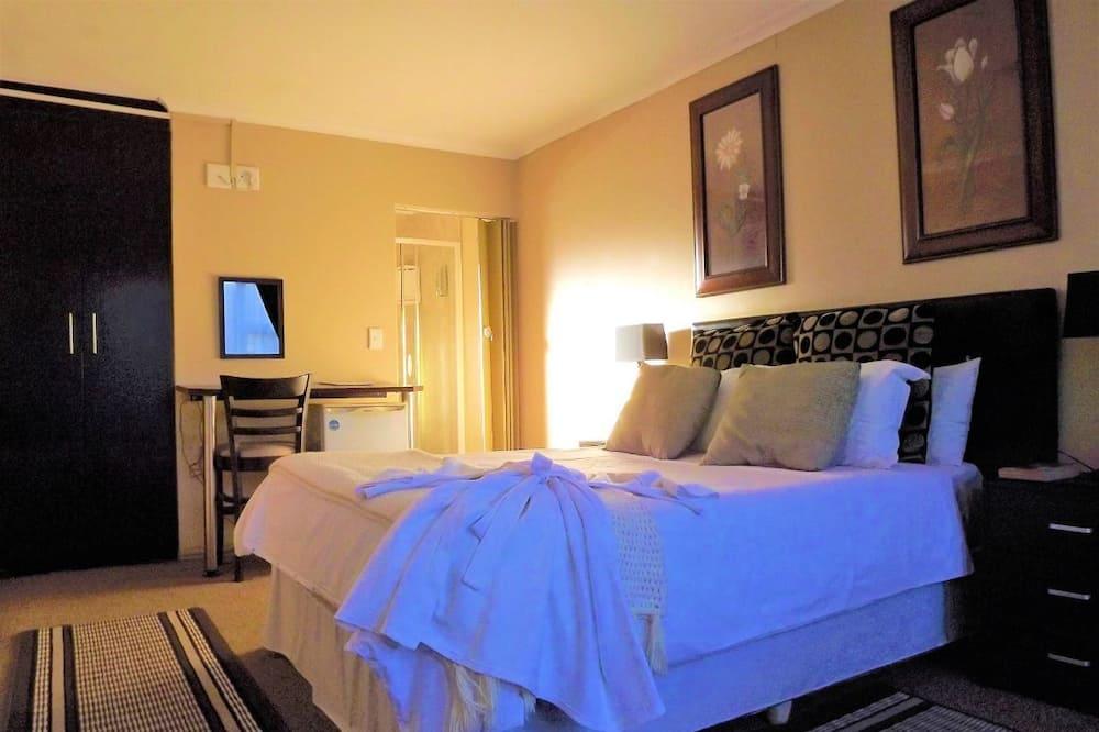 Двухместный номер с 1 двуспальной кроватью (3) - Главное изображение