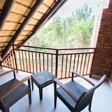 Family Chalet - Balcony