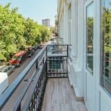 Comfort Shared Dormitory, Mixed Dorm, Non Smoking, City View (10 beds) - Balcony