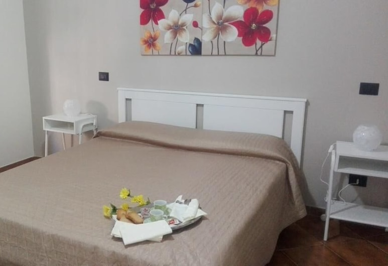 B&B Alexander-Room and Breakfast, Palermo, Camera doppia, balcone, Camera