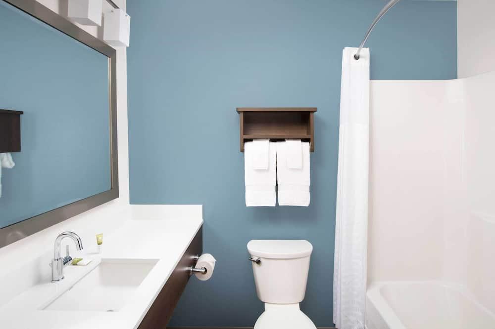 標準開放式客房, 2 張加大雙人床, 廚房 - 浴室