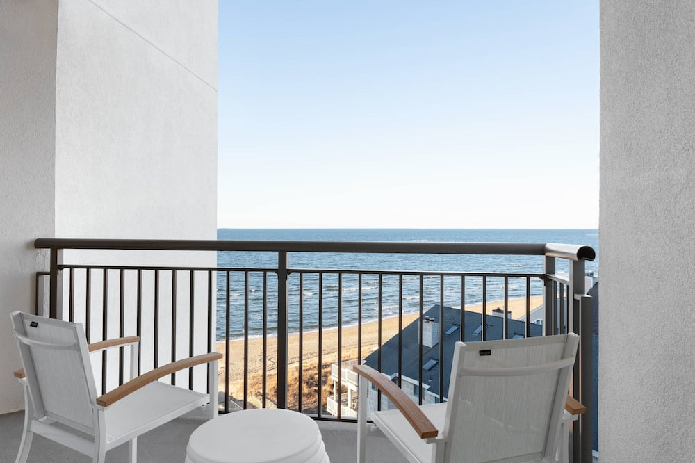 Phòng Suite, 2 giường cỡ queen, Không hút thuốc (Suite, 2 Queen Beds, Partial Bay View) - Quang cảnh mặt nước
