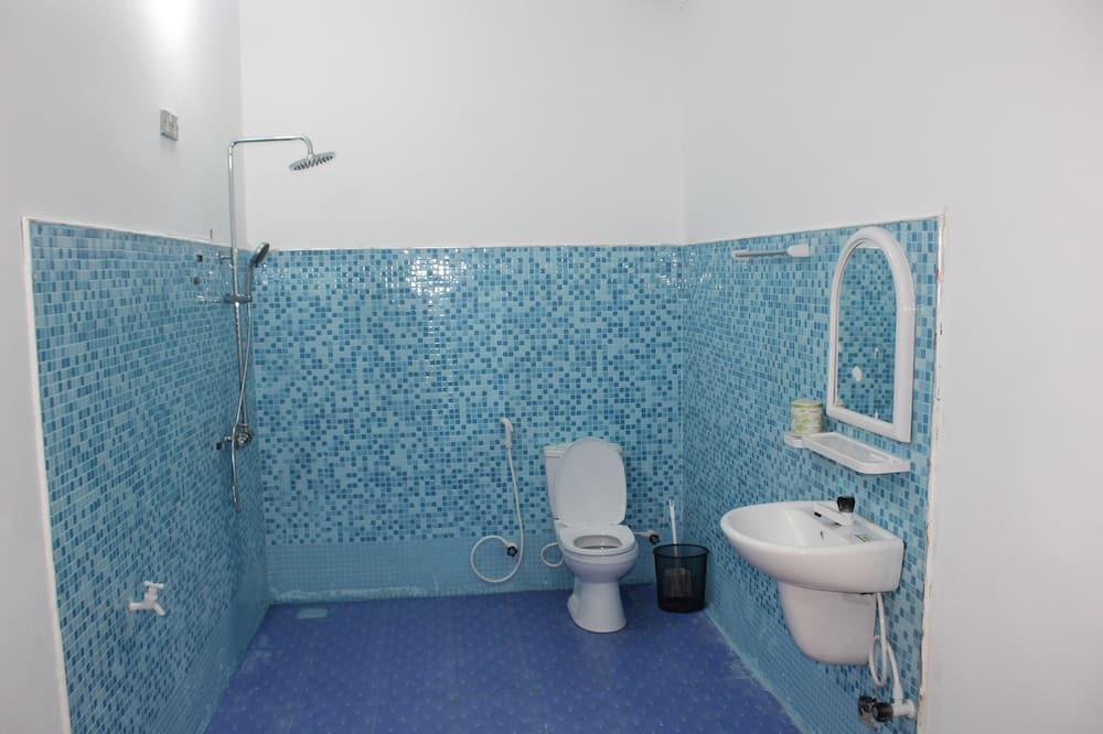 Deluxe Room, Non Smoking, Garden View - Bathroom