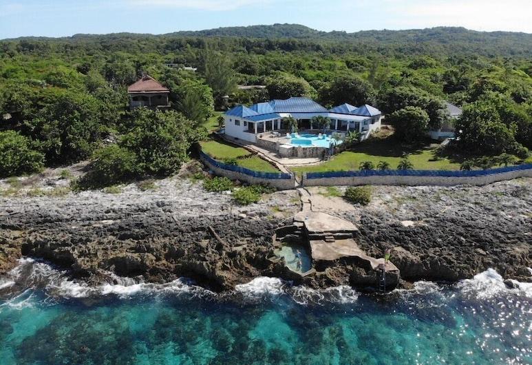 Blue Sky Villa, Negril, Vista aérea