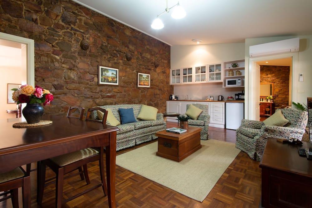 Apartemen Mewah, 1 kamar tidur, pemandangan halaman, area taman - Area Keluarga