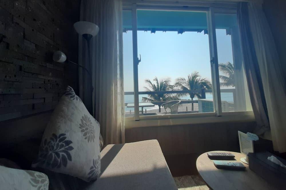 Pokoj Elite s dvojlůžkem, výhled na moře (663) - Obývací prostor