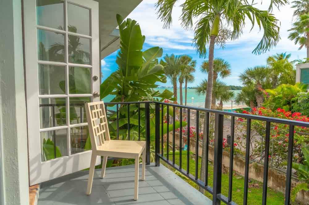 Апартаменти категорії «Ґранд» - Балкон