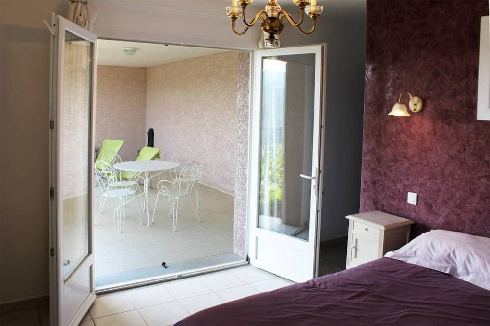 Double Room (Iris) - Balcony