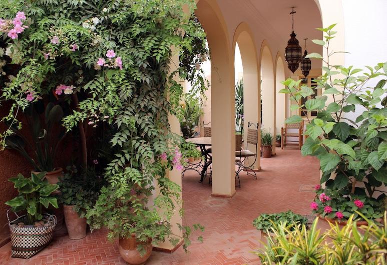 Tifawin Home & Garden, Mirleft, Територія готелю