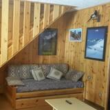 Duplex, 2 Bedrooms (14 - house number 222) - Living Room