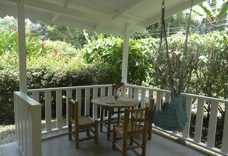 Playa Grande Lodge, Cahuita, Bungalow Turtle, Terraza o patio