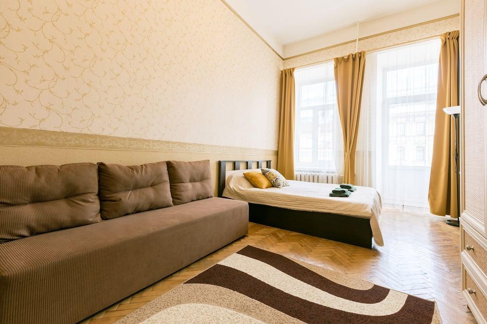 Panoramic külaliskorter, 2 magamistoaga, külmkapp ja mikrolaineahi, vaade linnale (37) - Tuba