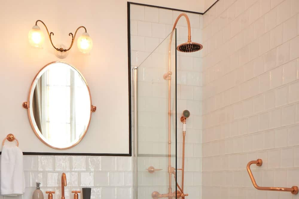 Quarto Twin Deluxe - Casa de banho