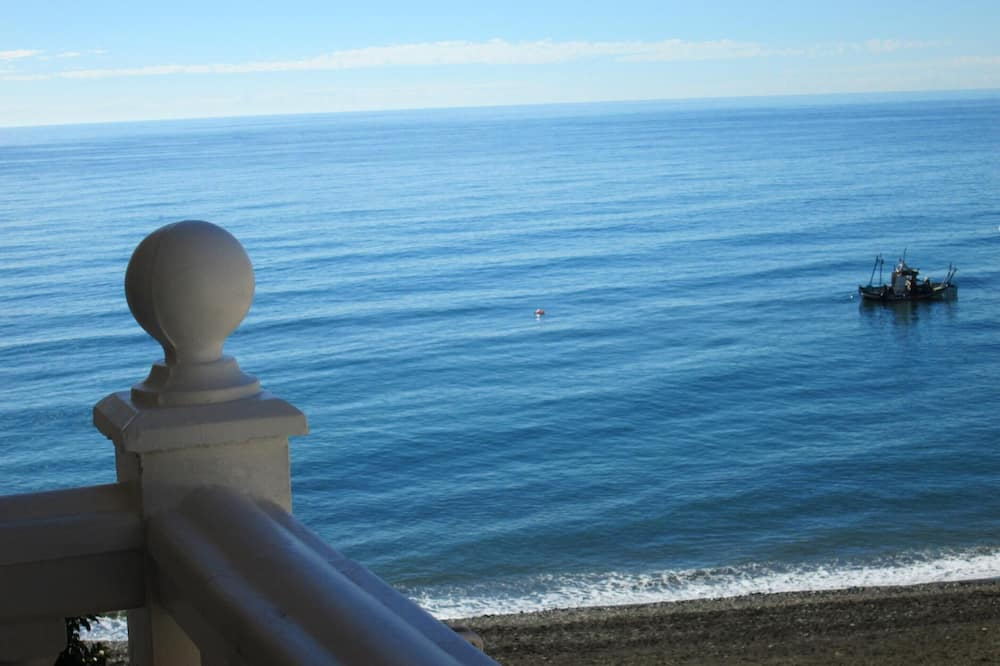 Apartment With one Bedroom in El Morche, With Shared Pool and Wifi - 20 m From the Beach