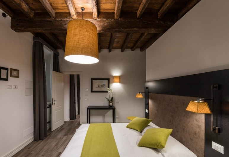 潘尼斯佩爾納 1 號公寓酒店, Rome, 公寓, 3 間臥室, 客房