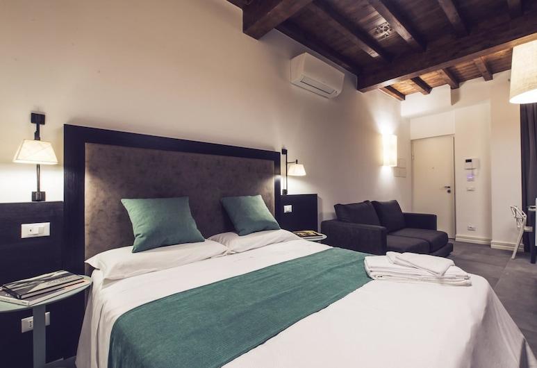 Panisperna Suite 1 Bedroom, Rome, Apartment, 1 Bedroom, Bilik