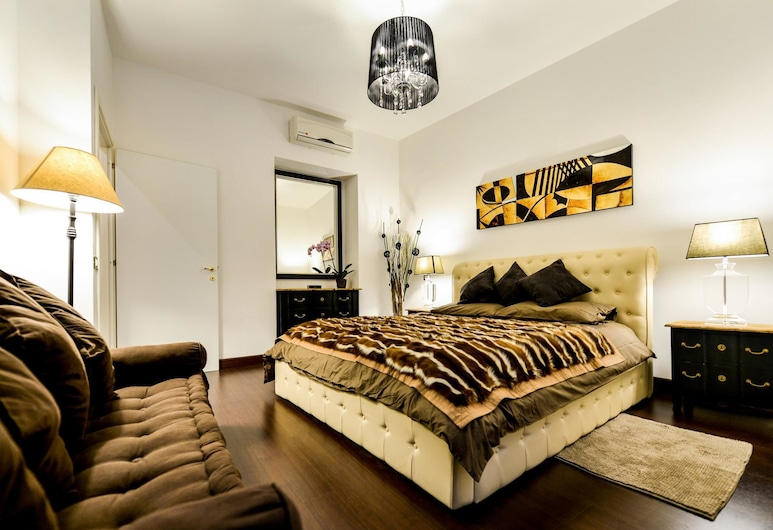 Spagna Apartment, Rome, Apartment, 3 Bedrooms, Room