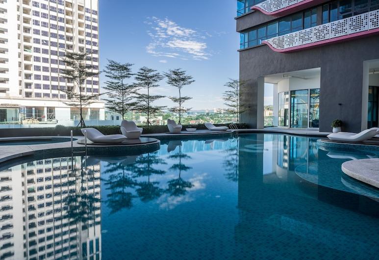 OYO 89396 無法形容 3 房藝術普拉斯之家飯店, 吉隆坡, 室外游泳池
