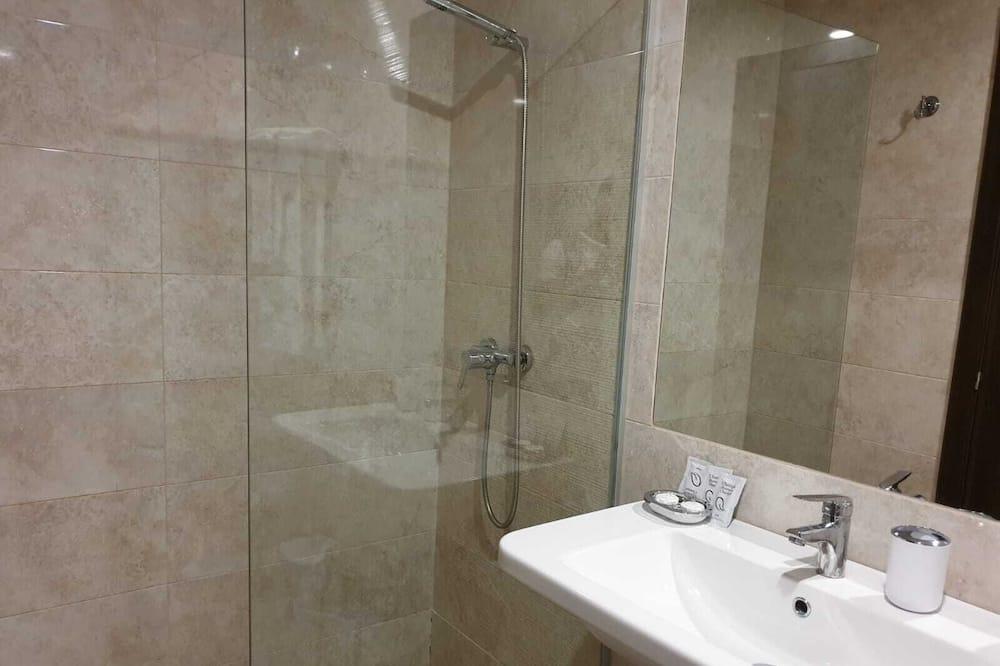 Apartment, Accessible, Ensuite - Bathroom