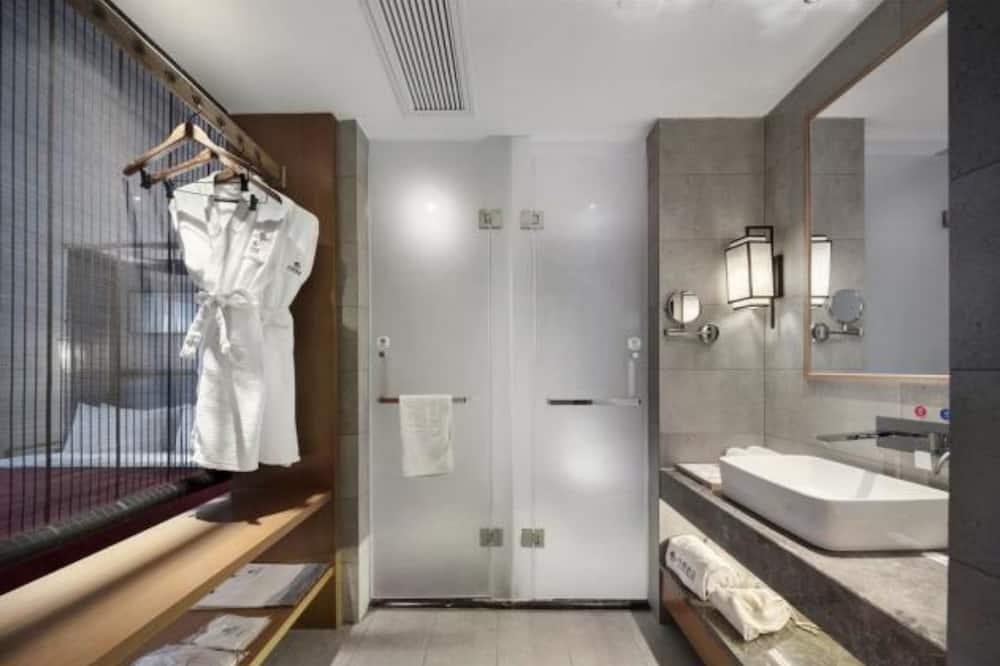 仕居大床房(僅限中國大陸賓客) - 浴室