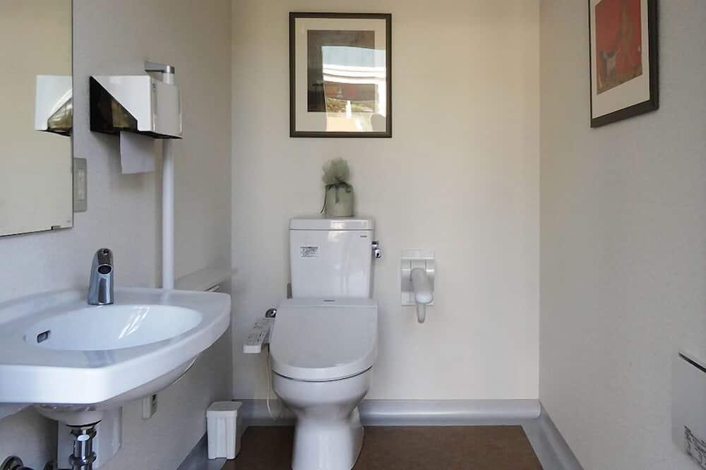 Pokoj (Whole Motel, 14 units) - Koupelna