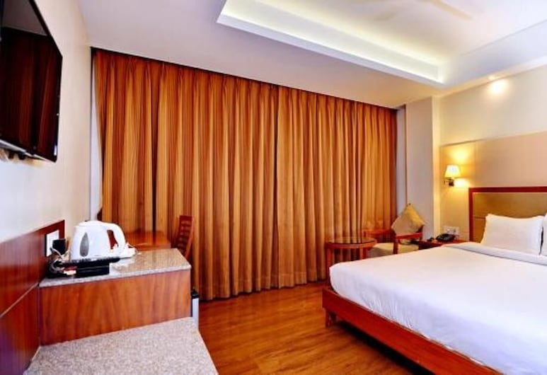 Hotel K International, Bhopal, Liukso klasės kambarys, Svečių kambarys