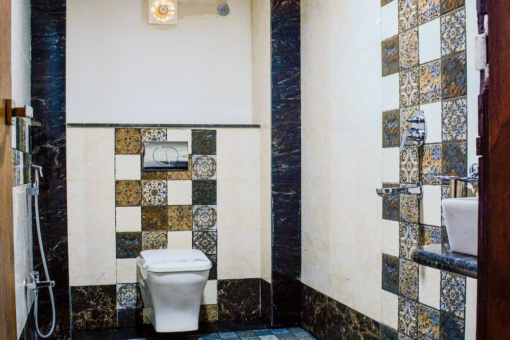 ห้องลักซ์ชัวรี่ - ห้องน้ำ