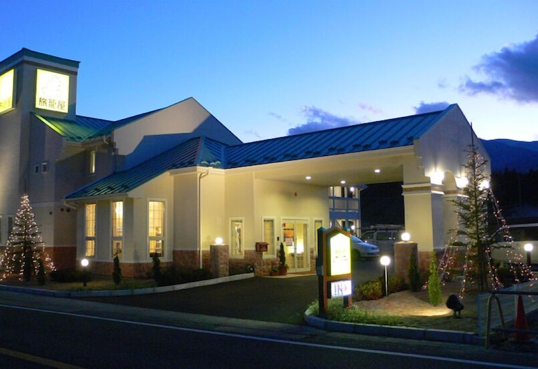 Family Lodge Hatagoya Nirasaki, Nirasaki, Pohľad na hotel – večer/v noci