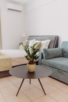 Image de Best House- Nirvana II Patra à Patras
