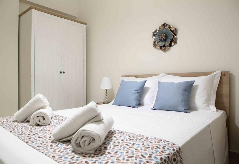 Best House Anakreontos, Nikaia-Agios Ioannis Rentis, Deluxe Apartment, 2 Bedrooms, Balcony, City View, Room
