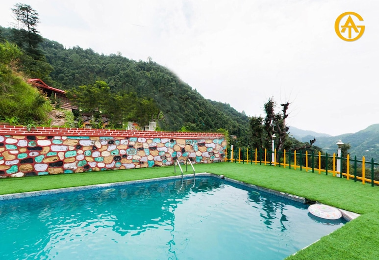 Tag Resorts Oakwood Hamlet shoghi, Kandaghat, Outdoor Pool