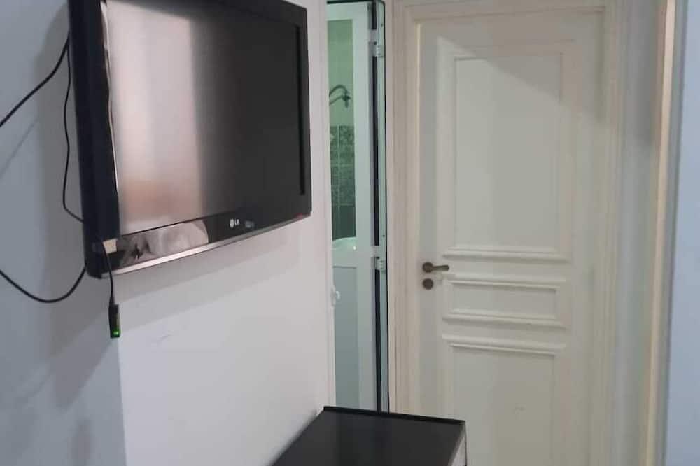Superior Apartment, 2 Bedrooms - Television