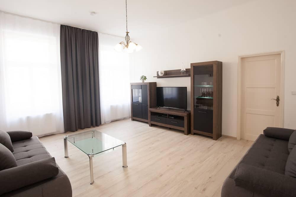 Departamento, Varias camas (Podlipného 16 #4) - Sala de estar
