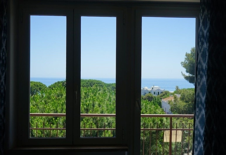Santa Marinella Family Apartments, Santa Marinella, Appartamento familiare, 3 camere da letto, Vista dalla camera