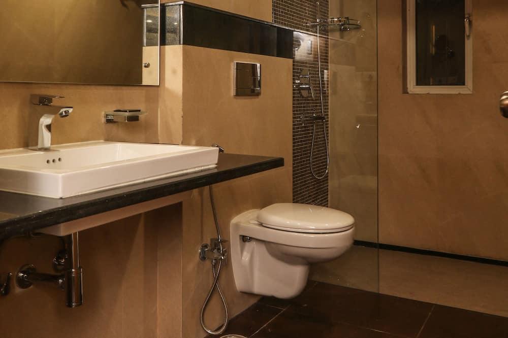 Executive kamer, toegang tot zwembad - Badkamer