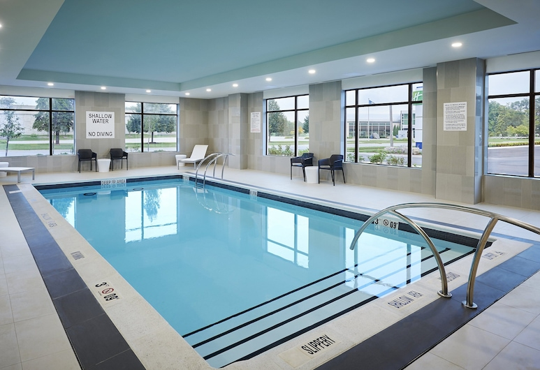 Holiday Inn Express Sarnia - Point Edward, an IHG Hotel, Sarnia, Pool