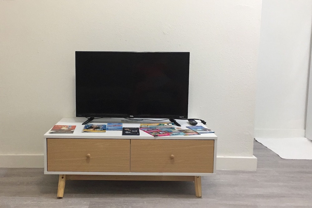 1 Bedroom Apartment - Obývačka