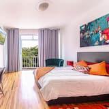 Family Apartment, 3 Bedrooms, Balcony, City View - Room