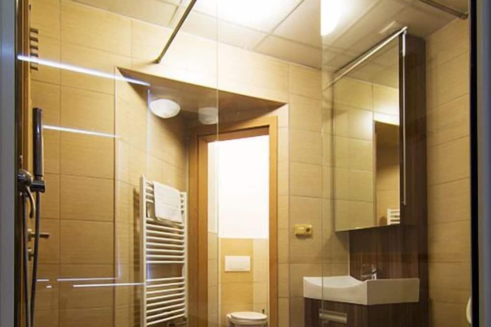 Kamar Quadruple, 2 kamar tidur - Kamar mandi