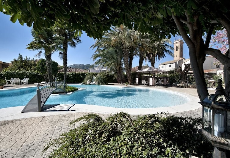 Hotel Casa Ceremines, Xerta, สระว่ายน้ำกลางแจ้ง