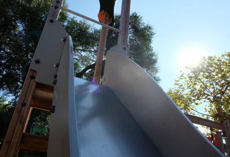 Casa de Colònies Mogent, Llinars del Valles, Children's Play Area – Outdoor