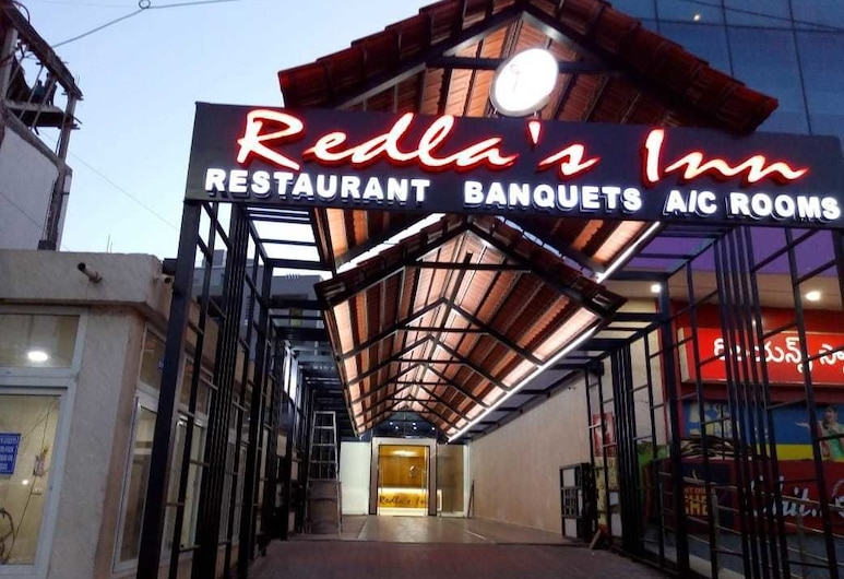 Redlas Inn, Sangareddi