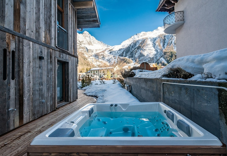 Le Globe Argentière - Chamonix by EMERALD STAY , Chamonix-Mont-Blanc, Apartment, 4 Bedrooms (Eyong), Outdoor Spa Tub