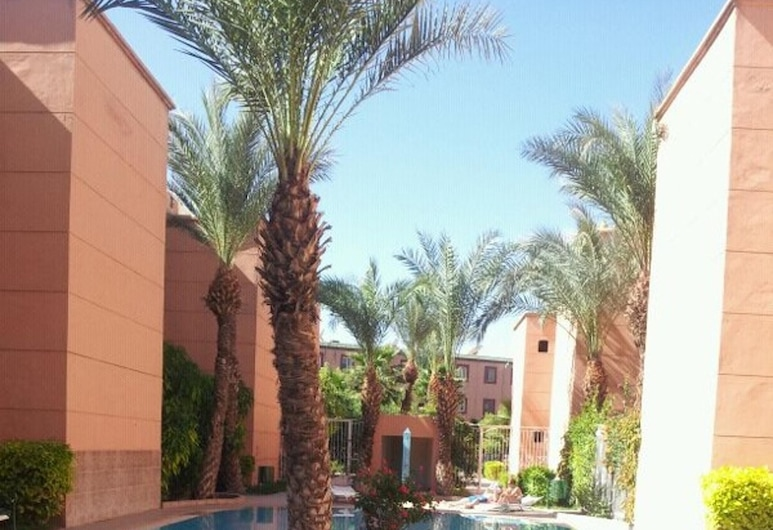 Apartment With 3 Bedrooms in Marrakesh, With Pool Access, Enclosed Garden and Wifi, Marrakech, Bazén