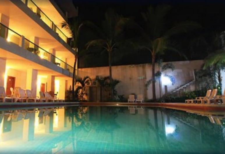 Rincón Resort, Rincon de Guayabitos, Piscine en plein air